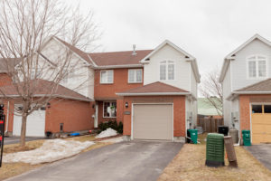 1584 Duplante Ave Ottawa ON-large-001-25-Front Exterior-1500x1000-72dpi