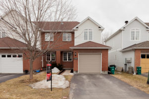 1584 Duplante Ave Ottawa ON-large-002-18-Front Exterior-1500x1000-72dpi