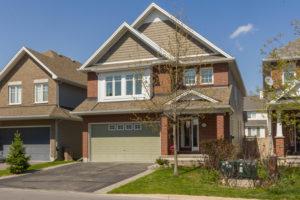 2611 Half Moon Bay Rd Ottawa-large-002-2-Front Exterior-1500x1000-72dpi